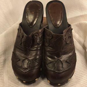 LW Leather Clog EVA worn once appliqué EC comfort